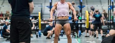 Siete WOD de CrossFit que puedes hacer solo con una barra y ejercicios básicos