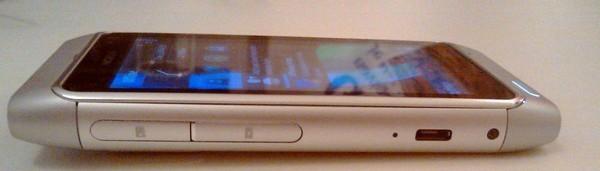 Foto de Nokia N8 plata (2/5)