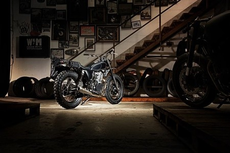 Yamaha SR 400 2014 GibbonSlap by Wrenchmonkees