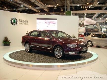 Škoda presenta el Superb y la gama Greenline en el Salón de Madrid