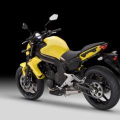 Foto 8 de 77 de la galería kawasaki-er-6n-2012-divertida-facil-y-con-estilo en Motorpasion Moto