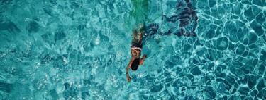 Siete ejercicios que podemos realizar en la piscina para no abandonar el deporte en verano