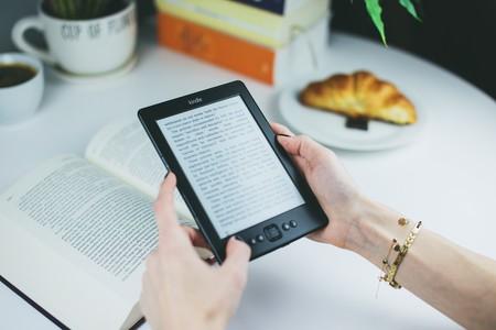 Reading Reader Kindle Female 76942