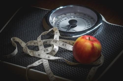 El importante papel de la insulina cuando queremos bajar de peso: así puedes controlar sus niveles