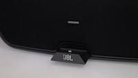 JBL se adapta al nuevo conector de los dispositivos Apple y lanza dos bases de sonido con Lightning
