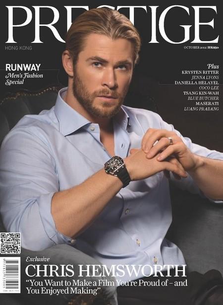 Me pone cuarto y mitad de Chris Hemsworth en la portada de Prestige