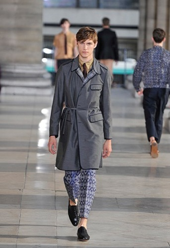 Foto de Dries Van Noten, Primavera-Verano 2010 en la Semana de la Moda de París (9/12)