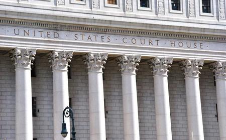 Microsoft se niega a cumplir una orden fiscal para exponer correos eléctronicos almacenados en Irlanda
