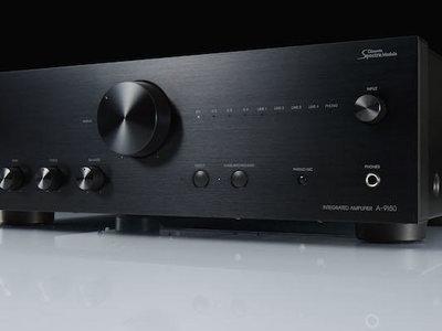 Onkyo A-9150, un amplificador estéreo de gama media con toques de gama alta y precio contenido