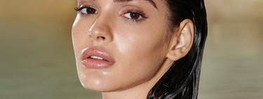 Charlotte Tilbury lanza el dúo de limpieza facial que promete enloquecer a todas las celebrities