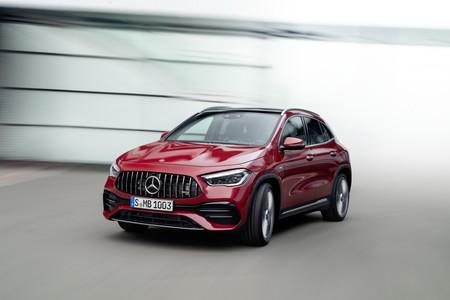 El Mercedes-AMG GLA 35 abre la puerta al mundo de los SUV deportivos de AMG