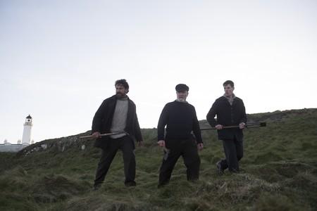 'Keepers: el misterio del faro', grandes interpretaciones al borde de la locura en un thriller sencillo y efectivo