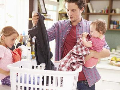 El desafío de tener siempre ropa limpia en una familia numerosa