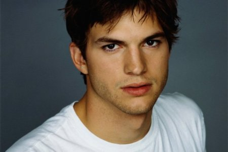 Ashton Kutcher, Twitter y el problema de las meteduras de pata de los famosos