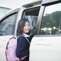 Por favor, nunca lleves a tu hijo en el coche sin un sistema de retención infantil adecuado