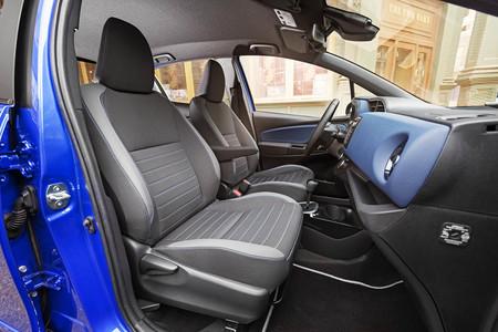 Toyota Yaris Hybrid Bi Tone interior