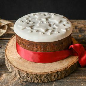 Cómo hacer un clásico Christmas cake o pastel de Navidad inglés, receta tradicional