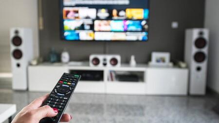 Cine en casa: qué servicios de streaming de películas y series se pueden contratar en España y sus precios
