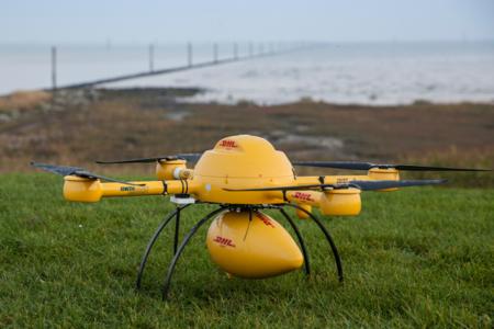 """El drone repartidor de DHL """"llamará"""" a la puerta de sus primeros clientes este viernes"""