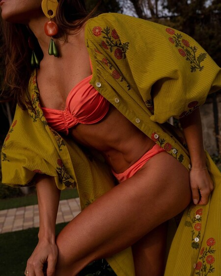 Nueve bikinis monocolor que son tendencia para disfrutar de la playa