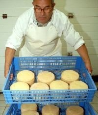 Premio Cincho de Oro para el queso puro de leche de cabra payoya