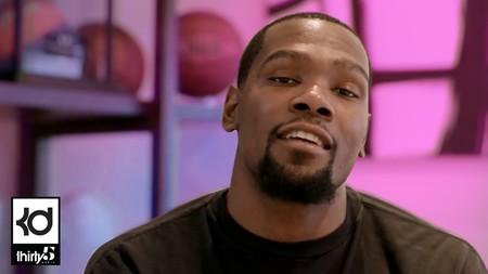 9 estrellas de la NBA que también juegan a ser youtubers
