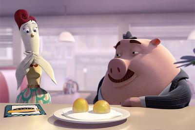 La simpática historia de amor entre una gallina y un cerdo adicto a comer huevos