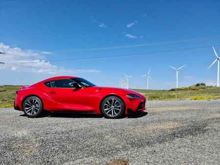 Toyota GR Supra en acción: es más deportivo y menos GT