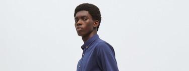 Las camisas con coderas regresan al armario como el toque de color a nuestros looks de oficina gracias a Sfera