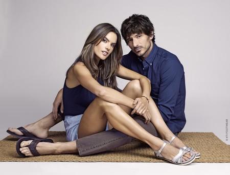 Este verano Alessandra Ambrosio e Isabeli Fontana son las chicas de Andrés Velencoso