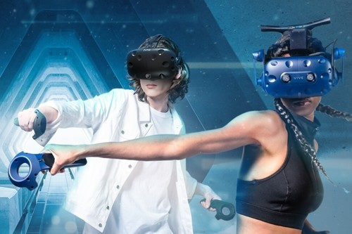 Quiero jugar en realidad virtual, ¿qué casco me conviene?