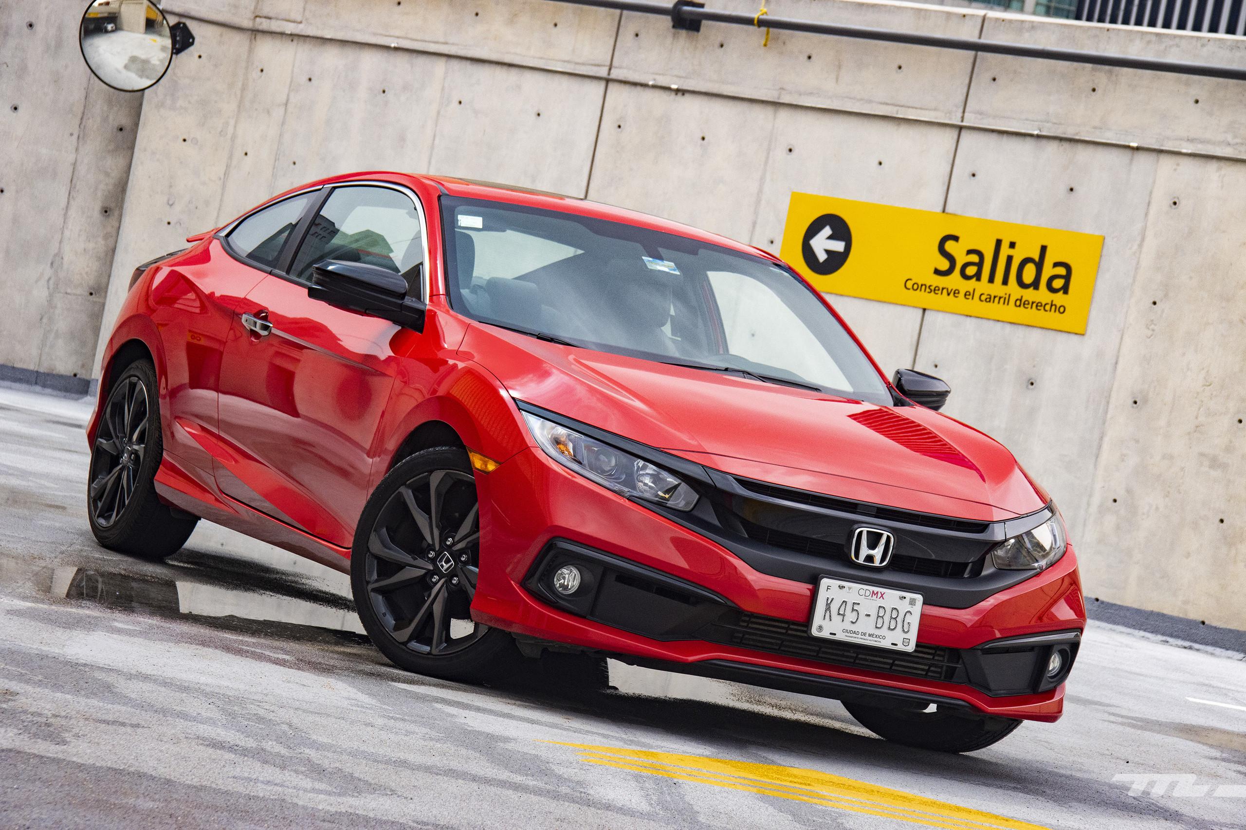 Foto de Honda Civic Coupé 2020 (39/70)
