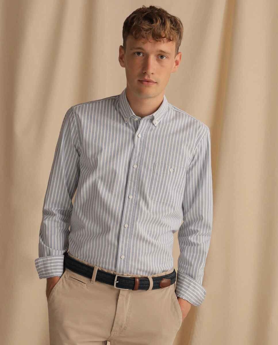 Camisa Oxford de hombre regular de rayas gris