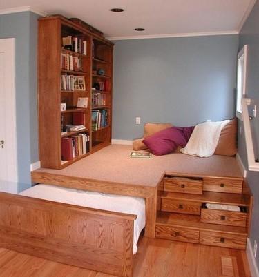 Un dormitorio sin espacio ¡no renuncies a tu zona de relax!
