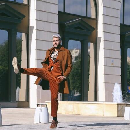 El Mejor Street Style De La Semana Brown Suit Trendencias Hombre 05