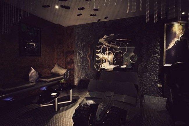 hotel-eden-y-su-habitacion-de-batman-05.jpeg