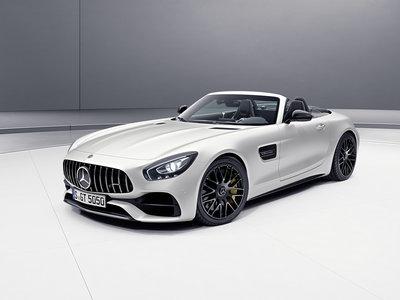 Mercedes-AMG celebra su 50 aniversario con ediciones especiales del GT y los Clase C