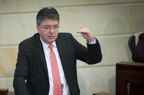 La reforma tributaria afecta a los usuarios de tecnología en Colombia