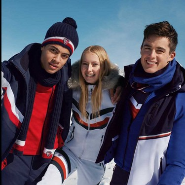 Rossignol reinterpreta el preppy americano en la nueva colección para esquiar de Tommy Hilfiger