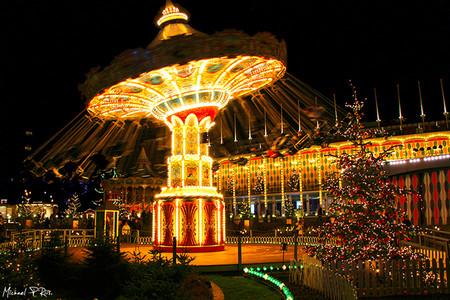 Tivoli Gardens Copenhague Ciudades Europeas Con Mas Luces En Navidad