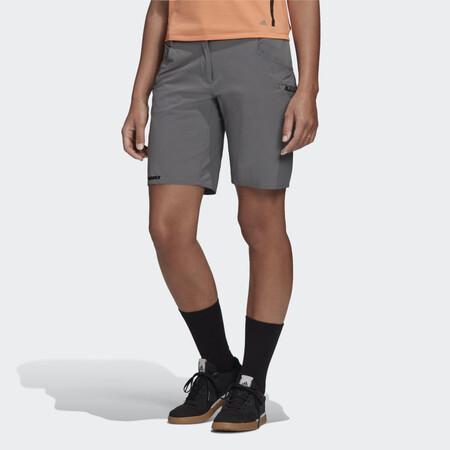 Pantalon Corto Terrex Trailcross Gris Fn1496 21 Model