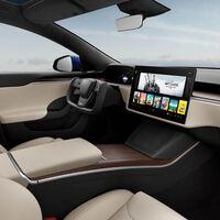 El nuevo Tesla Model S llega con un timón y sin selector de marchas, y adivinará en qué dirección queremos ir