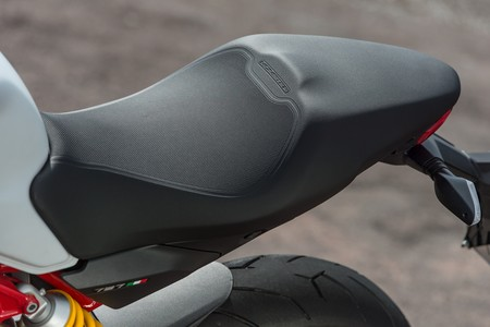 Ducati Monster 797 2017 007