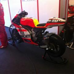 Foto 2 de 3 de la galería primeras-imagenes-de-la-ducati-1000-de-motogp en Motorpasion Moto