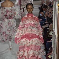 Foto 23 de 67 de la galería valentino-alta-costura-primavera-verano-2019-1 en Trendencias