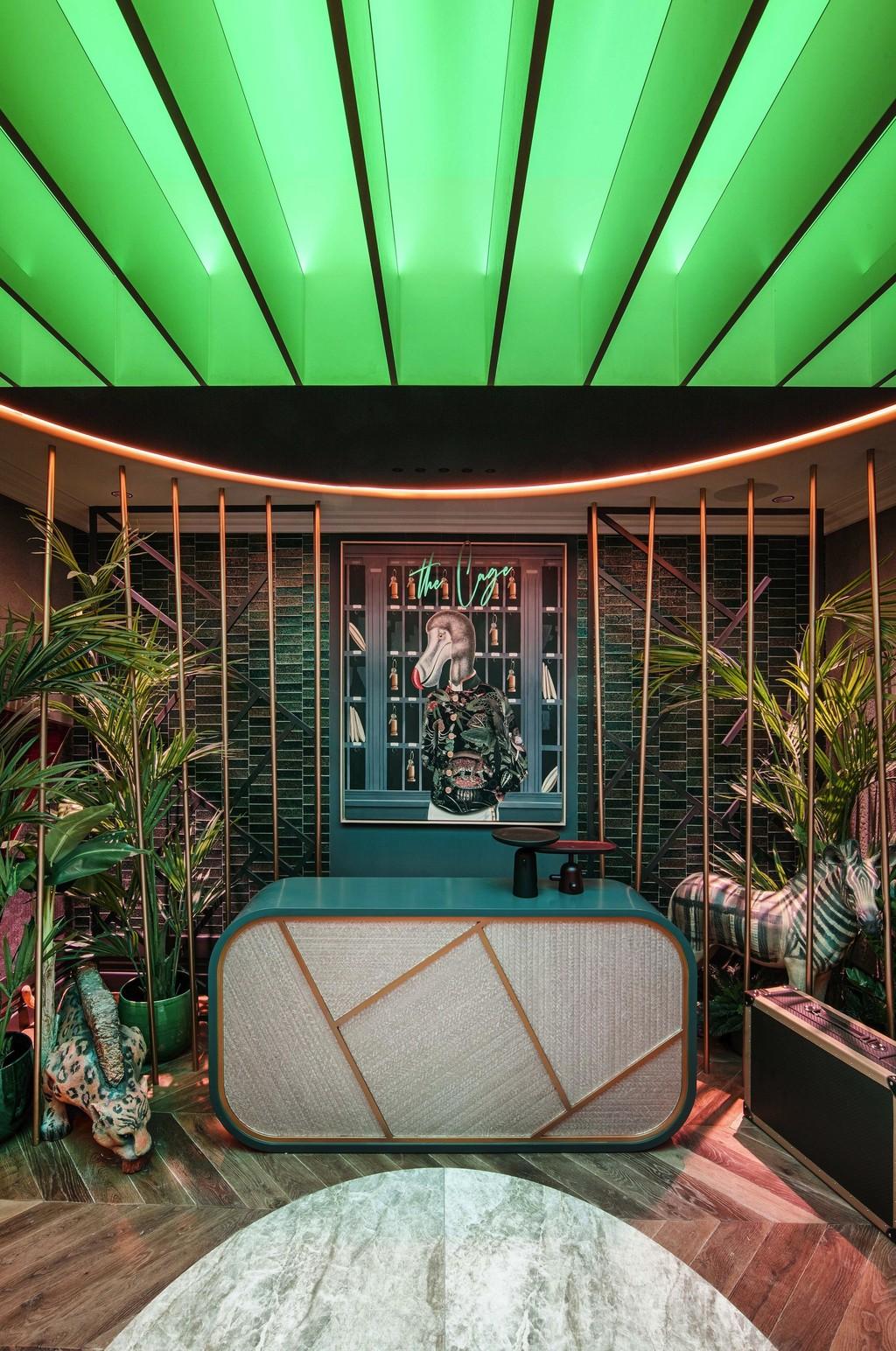 Pictoclub lleva el surrealismo inspirado en Grand Hotel, en forma de ilusión óptica, a Casa Decor#source%3Dgooglier%2Ecom#https%3A%2F%2Fgooglier%2Ecom%2Fpage%2F%2F10000