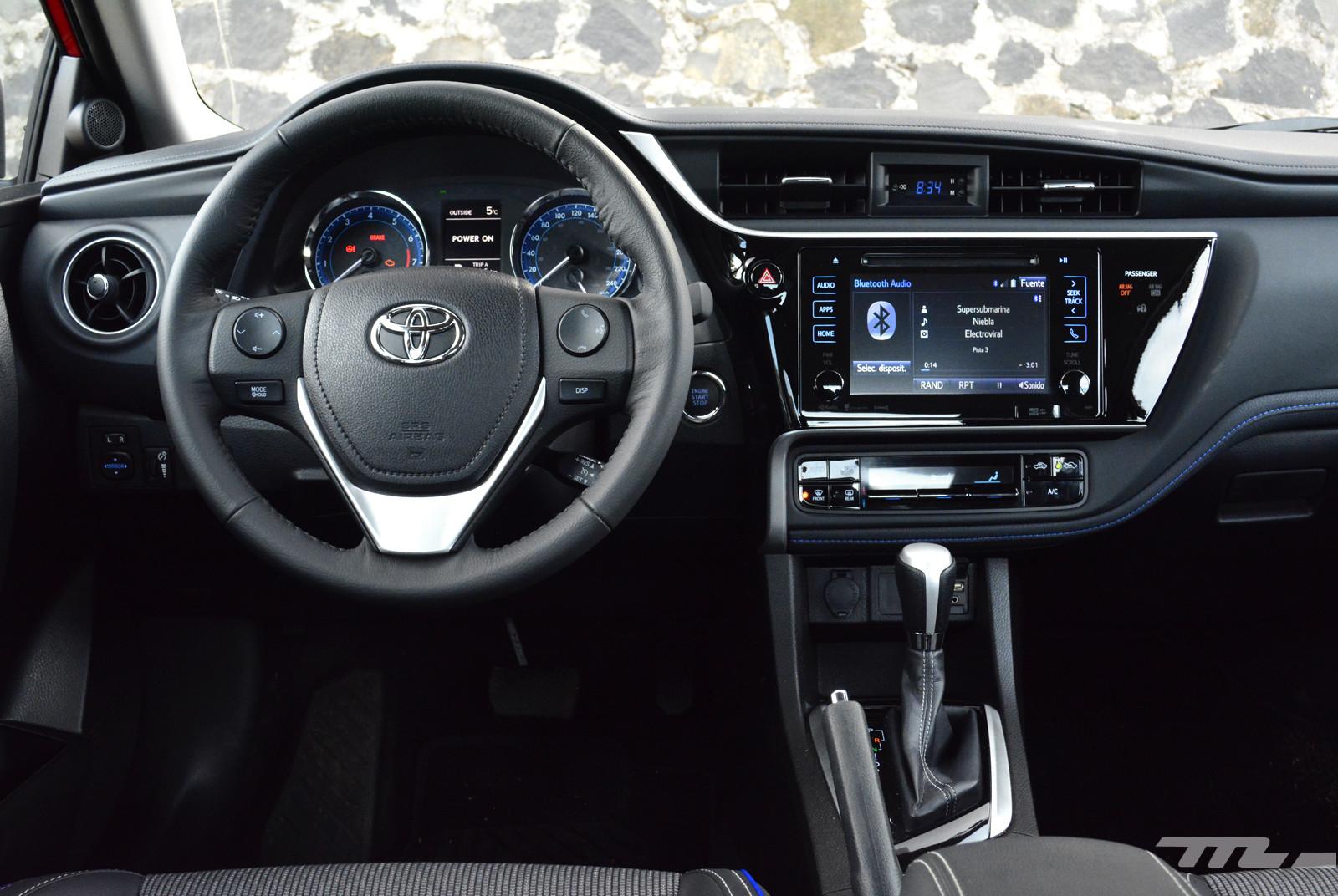 Foto de Comparativa: Mazda3 vs. Nissan Sentra vs. Toyota Corolla vs. Volkswagen Jetta (39/60)
