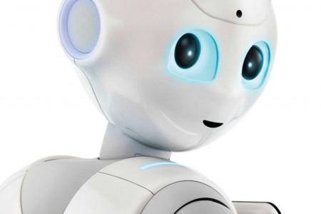 El robot Pepper encontró un nuevo trabajo en estaciones de tren francesas