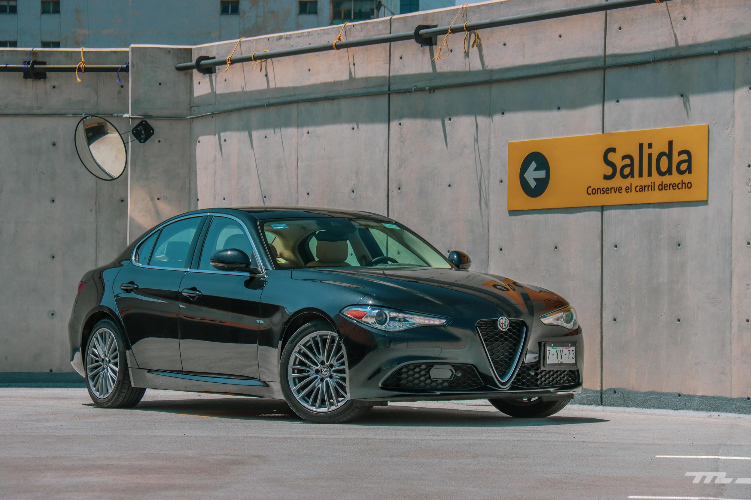 Foto de Alfa Romeo Giulia Lusso 2021 (56/83)