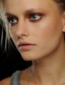De la pasarela a tu rostro: cinco propuestas de maquillaje para esta primavera-verano